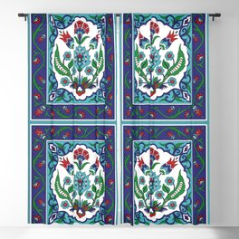 Turkish Tile Pattern – Vintage iznik ceramic with tulips Blackout Curtain