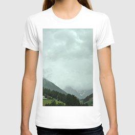 on the way: Innsbruck, Austria T-shirt