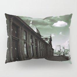 Fischmarkt Pillow Sham