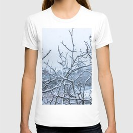 Winter snowy branches T-shirt