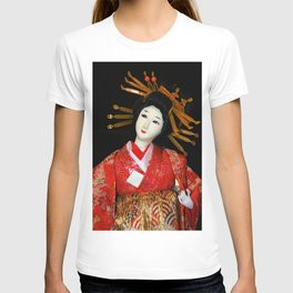 Oiran in Red T-shirt