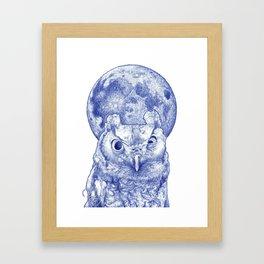 Midnight owl Framed Art Print