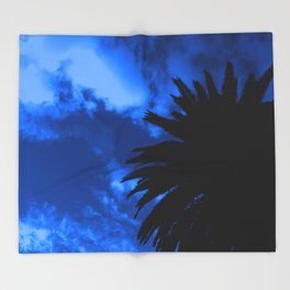 Palm Tree Silhouette - Blue Sunset Throw Blanket