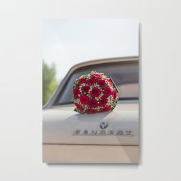 Bouquet on the old car Metal Print