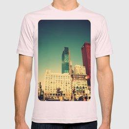 Chicago Retro Skyline ~ architecture T-shirt