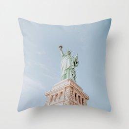 new york city iii / statue of liberty Throw Pillow