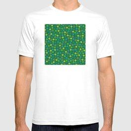 St Patrick's Day Lucky Shamrock Pattern T-shirt