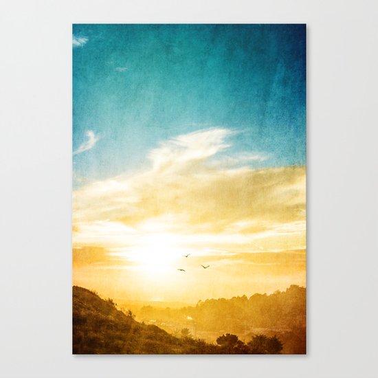 Breaking over the horizon Canvas Print