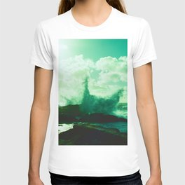 Pebble Beach Waves // California T-shirt