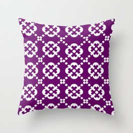 V2 Pattern me white Throw Pillow