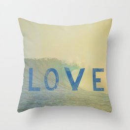 love surf Throw Pillow