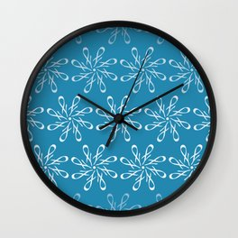 Winter Letter J Pattern Wall Clock