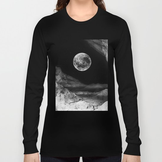 Between two moons Long Sleeve T-shirt