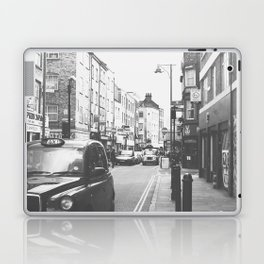 London scene Laptop & iPad Skin