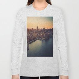 manhattan skyline Long Sleeve T-shirt