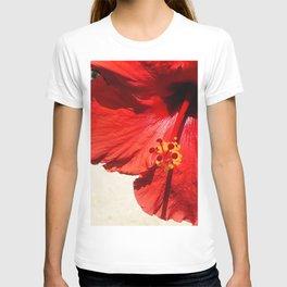 Avant-Garde Red Hibiscus Flower Close-Up Art Photo T-shirt