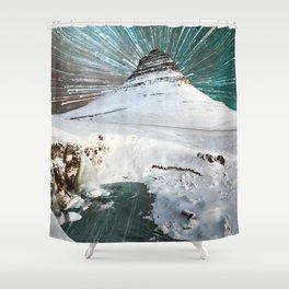 Iceland Night Kirkjufell Arrowhead mountain Shower Curtain