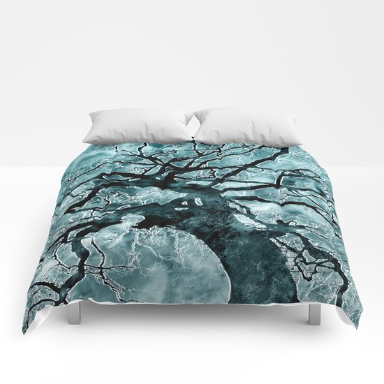 A Crisp Winter Morning Comforters