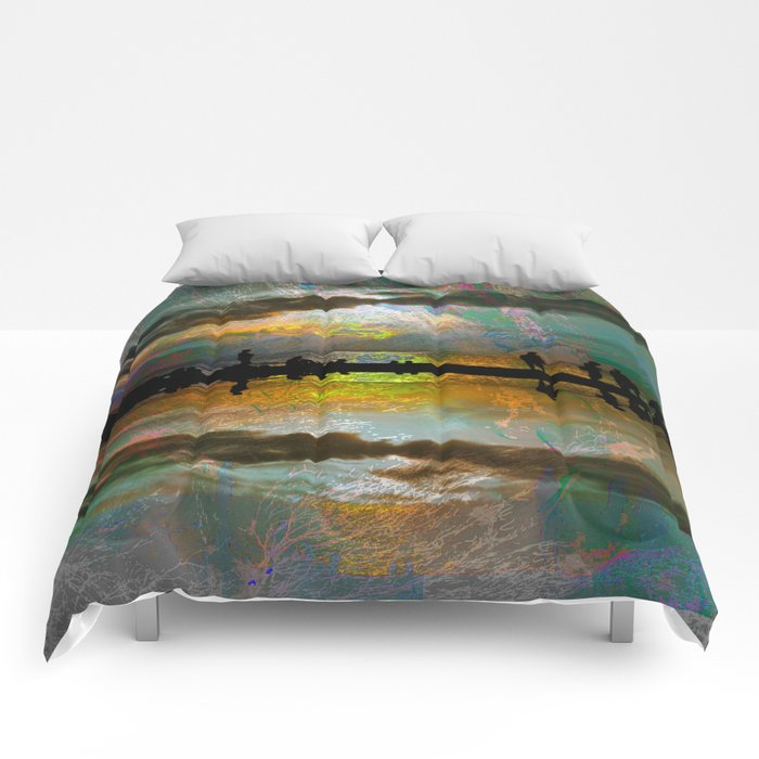 Abstract-art sunset Comforters