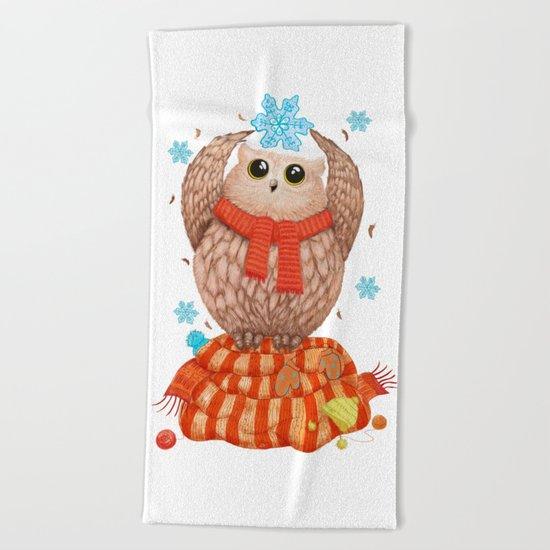 Happy owl Beach Towel