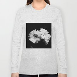 Flowers in Black and White - Nature Vintage Photography Long Sleeve T-shirt