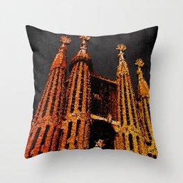 Sagrada Familia - unfinished Throw Pillow