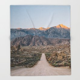 Road to the Mountains Throw Blanket