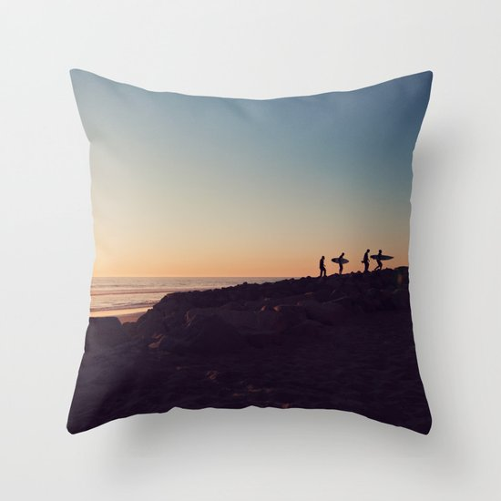 california boys Throw Pillow