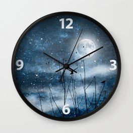 Call of the moon Wall Clock