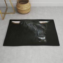 Minimalist Black Scottish Highland Cattle Portrait - Animal Photography Rug