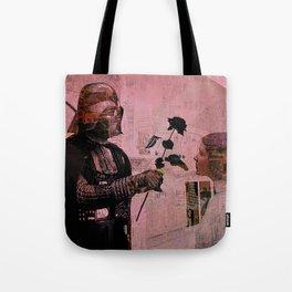 Darth loves Leia Tote Bag