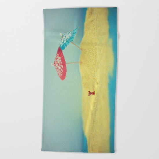 Doggy island Beach Towel