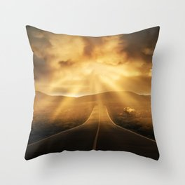 Road califonia Throw Pillow