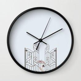 Sotto la pioggia Wall Clock