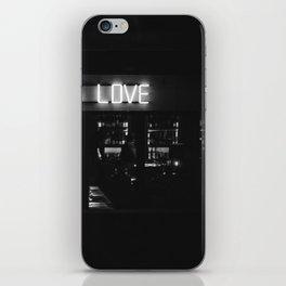 Die Wahrheit iPhone Skin
