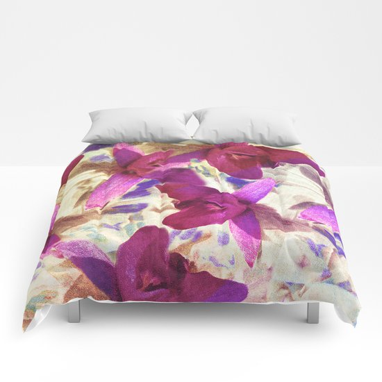 Love on Windy Hill Comforters