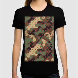 BOMB PATTERN - CAMO & HOT PINK - LARGE T-shirt