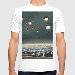 UFO s over the city T-shirt