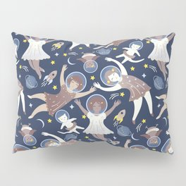 Girls in space Pillow Sham