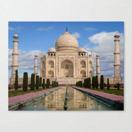 The magnificent Taj Mahal. Canvas Print