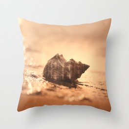 Big Shell on the sea Throw Pillow