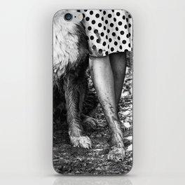Muddy Paws BW iPhone Skin