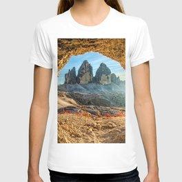 Drei Zinnen cave Tre Cime di Lavaredo italian landmarks Dolomites Europe Italy beautiful nature T-shirt
