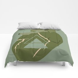 Gaping Triangles Comforters
