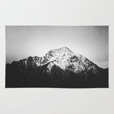 Black and white snowy mountain Rug