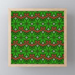 Festive knitted snowflake motif pattern in green & red Framed Mini Art Print