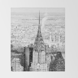 Snow - New York City - Chrysler Building Throw Blanket