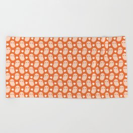 Baked beans farting Beach Towel