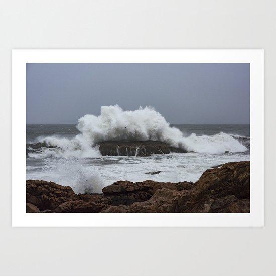 Wave splashing on the rocks Art Print