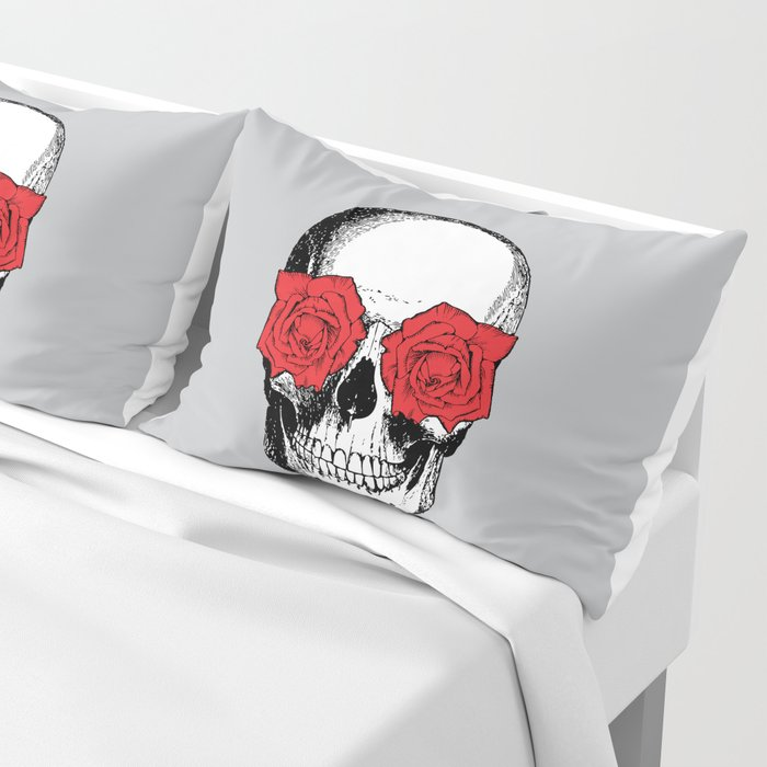 Skull and Roses | Grey and Red Pillow Sham